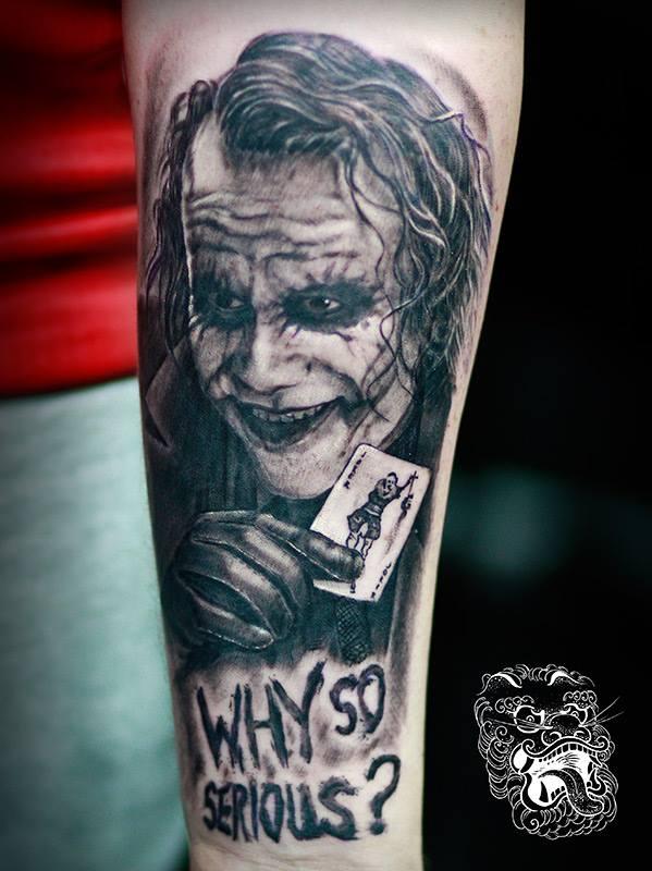 As a big fan of Batman, I am always happy when I have a chance to tattoo something form Gotham world.