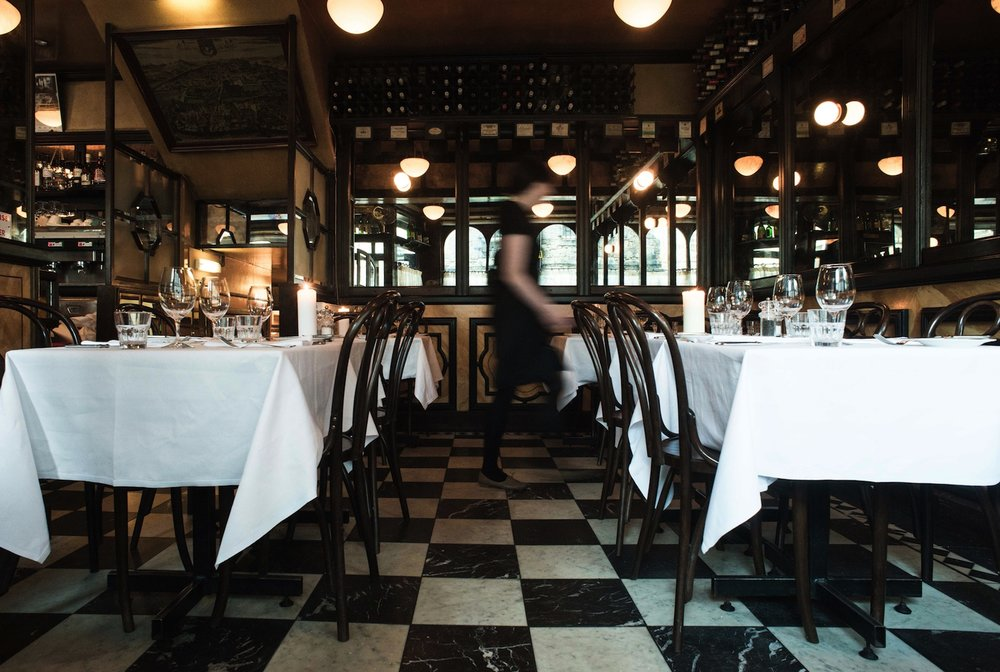 Cafe St Honore room with waitress 2.jpg