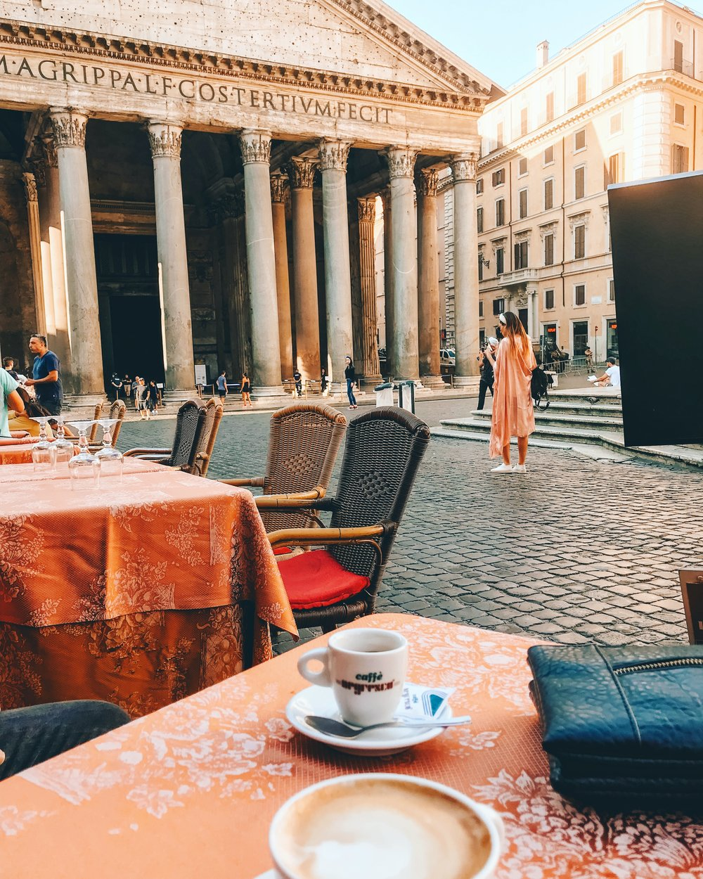 Caffe latte with a side of Pantheon