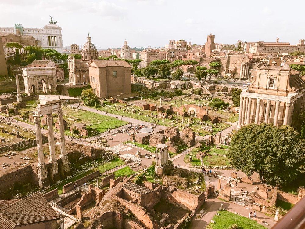 Roman Forum - Ruins of an Empire