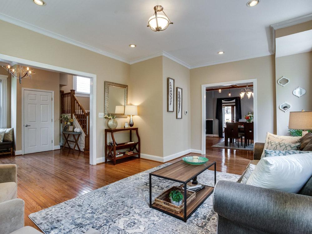 1317 Delafield Pl NW-MLS_Size-008-19-Living Room-2048x1536-72dpi.jpg