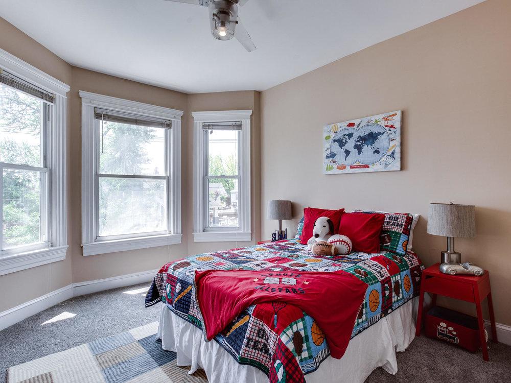 1317 Delafield Pl NW-MLS_Size-043-25-Bedroom 1-2048x1536-72dpi.jpg