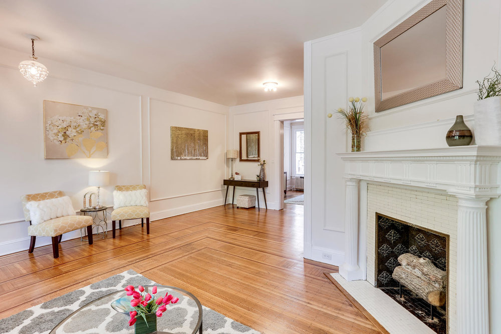 3143 19th St NW Washington DC-large-019-47-Living Room-1500x1000-72dpi.jpg