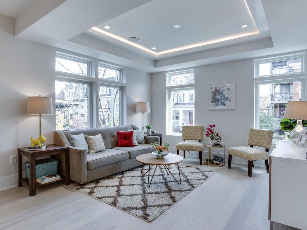 1001 Monroe St NW 1 Washington-MLS_Size-015-29-Living Room-2048x1536-72dpi.jpg