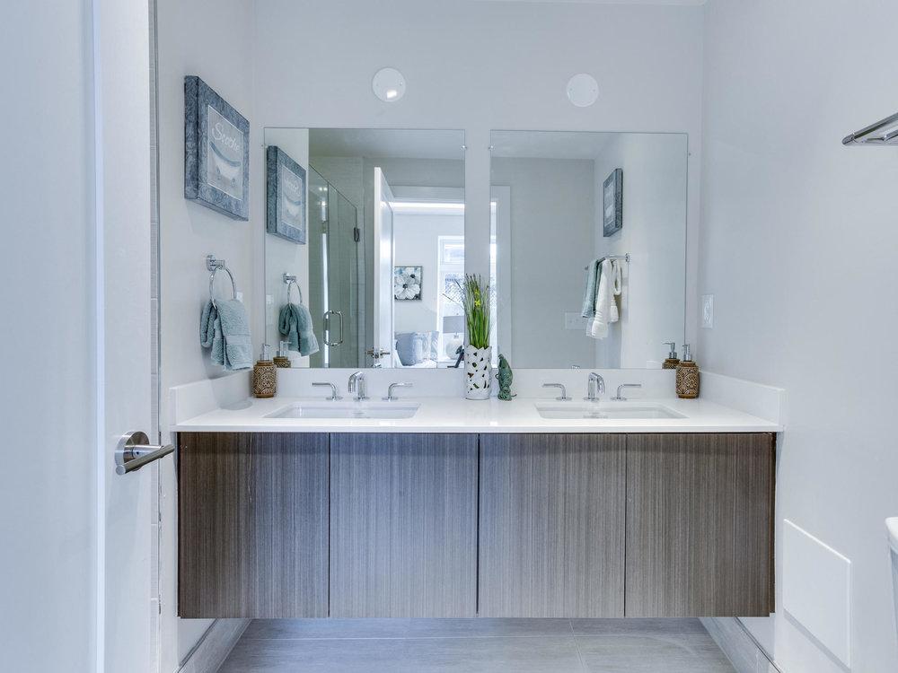1001 Monroe St NW 1 Washington-MLS_Size-038-18-Master Bath-2048x1536-72dpi.jpg