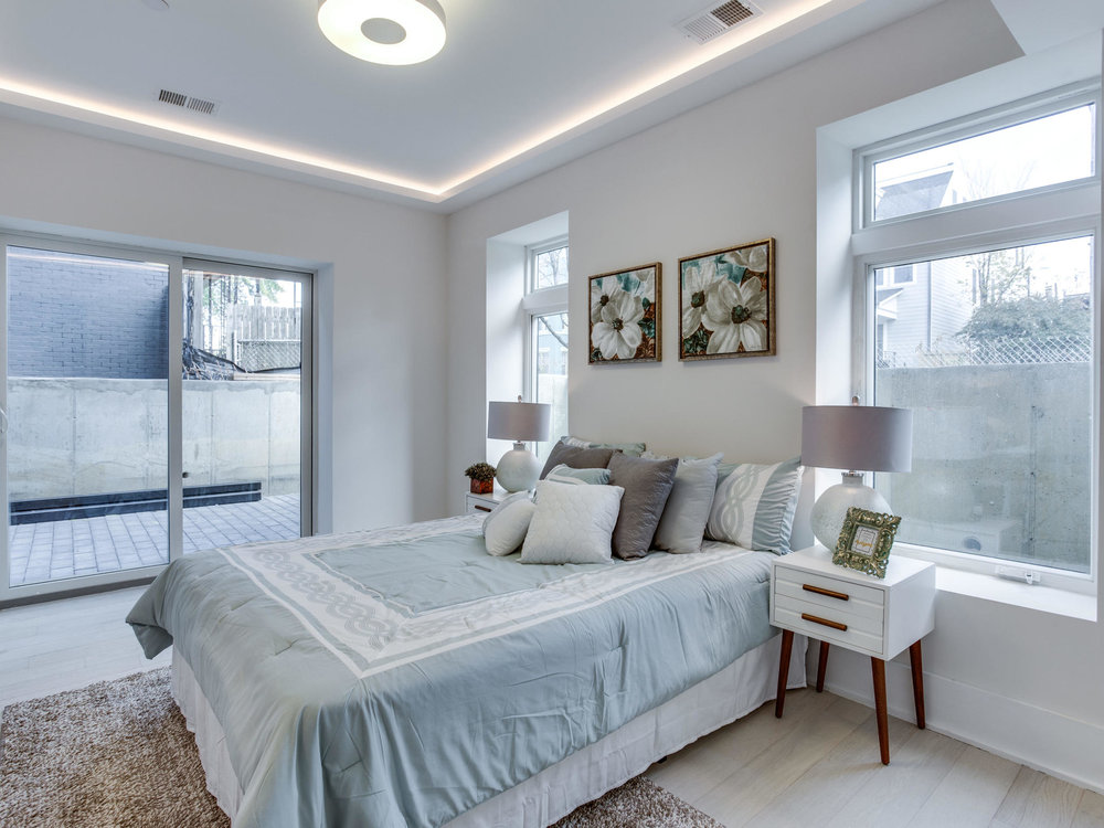 1001 Monroe St NW 1 Washington-MLS_Size-043-31-Master Bedroom-2048x1536-72dpi.jpg