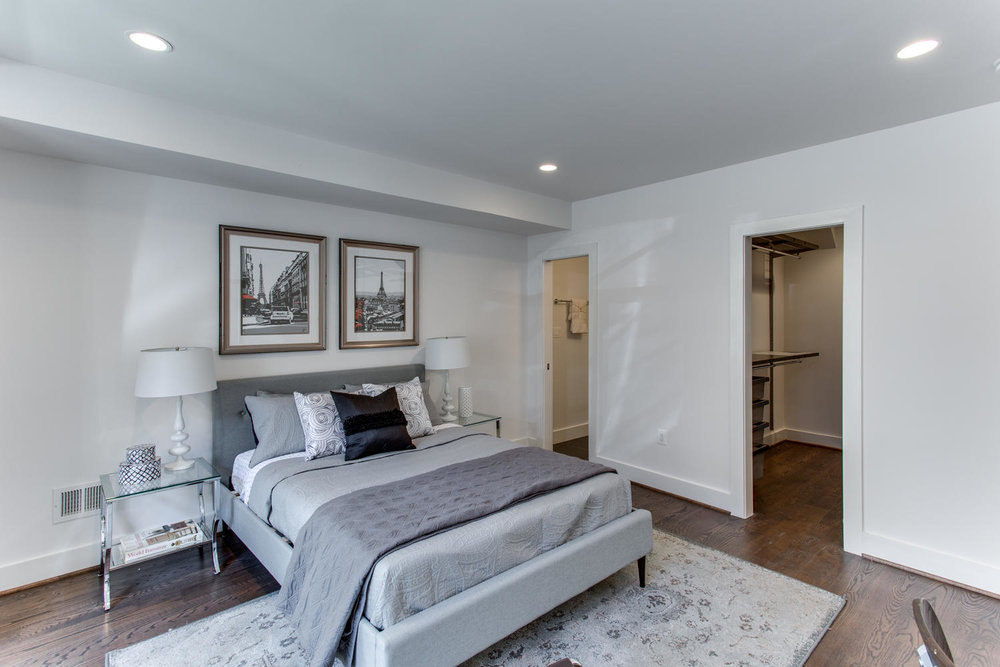 1524 Ogden St NW Unit 2-large-010-13-Master Bedroom-1500x1000-72dpi.jpg