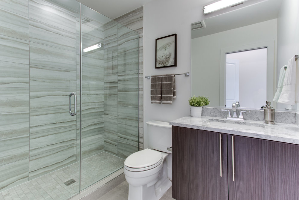4511 Iowa Ave NW Unit 2-print-036-37-Bathroom-4200x2800-300dpi.jpg