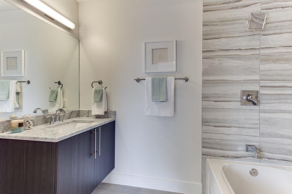 4511 Iowa Ave NW Unit 3-print-034-14-Bathroom-4200x2800-300dpi.jpg