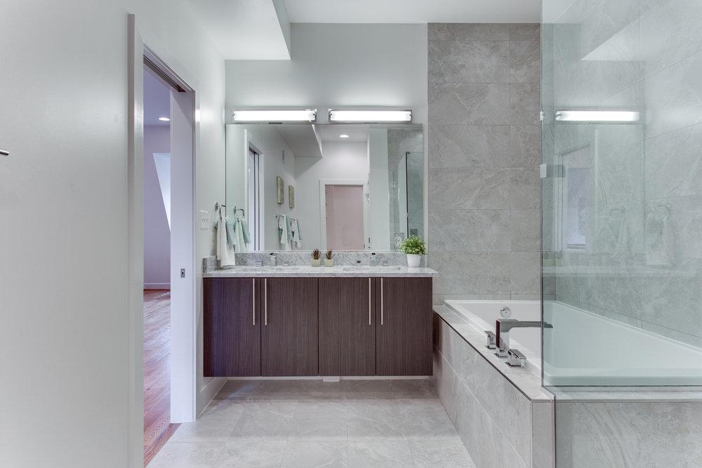 4511 Iowa Ave NW Unit 3-print-041-19-Master Bath-4200x2800-300dpi.jpg