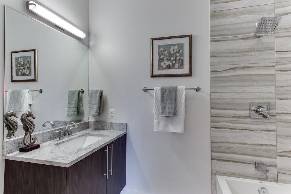 4511 Iowa Ave NW Unit 3-print-055-22-Bathroom-4200x2800-300dpi.jpg