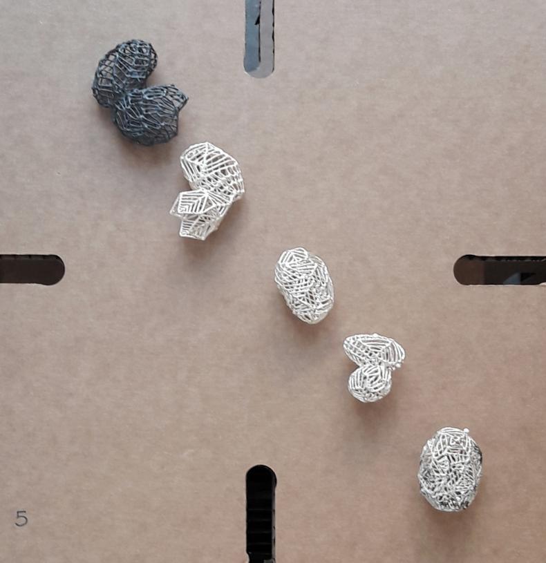 Hidden Curriculum, Munich Jewellery Week, Anna Vlahos, Brooch: Meander, Sterling silver, stainless steel.