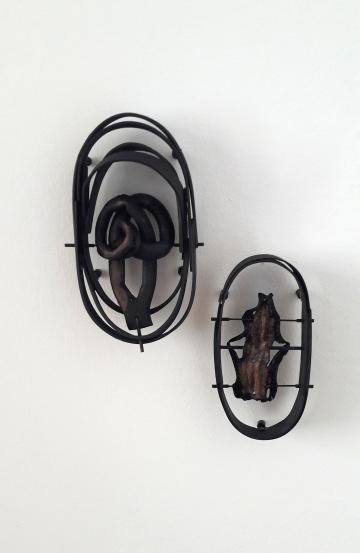 Hidden Curriculum, Munich Jewellery Week 2018, Jorge Manilla, Insides, Brooch, wood, cochayuyo, copper, steel