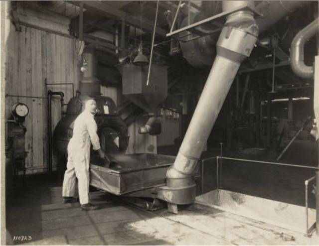 Photo: MOHAI - Coffee roasting at Crescent Manufacturing Company, Seattle, ca. 1927