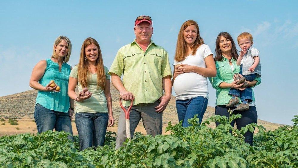 Staff at Irish Eyes Garden Seeds, Ellensburg, WA
