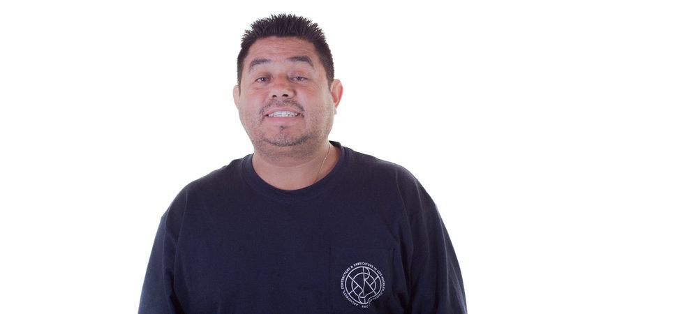 Carlos Ceja, Installer