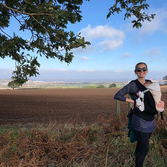 5 mile hike on this perfect autumn morning in Portishead. . . . . #portishead #ergobaby #postpartumfitness