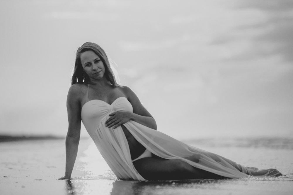 Megan_Beach-42.jpg