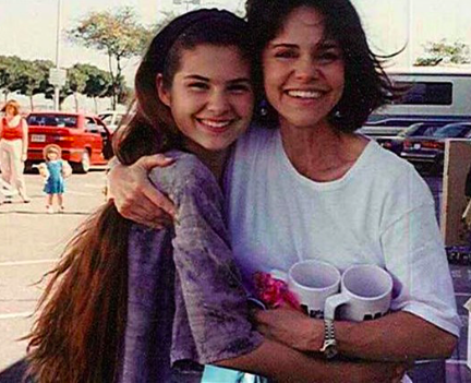 With Sally Field on set of Doubtfire