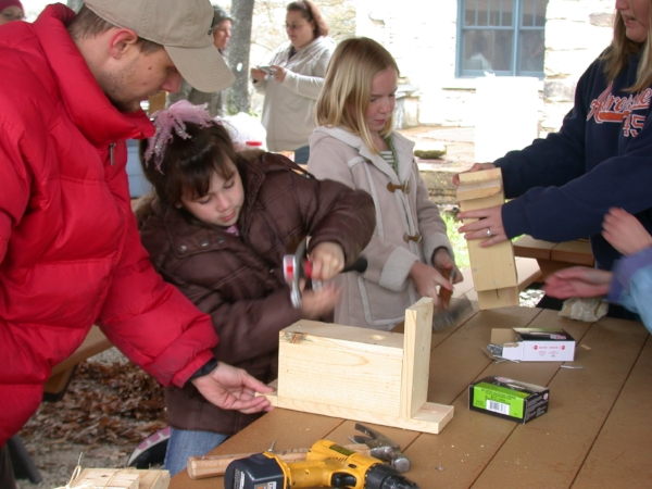 GOAS and MSU host a family bird house building event at Bull Shoals Field Station's Drury House.