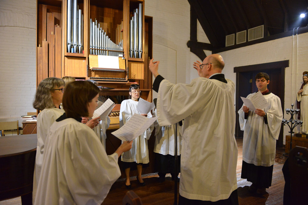 Sing with us! - We have a sweet organ and choir and all are welcome to join.  Our music is from the tradition of the Episcopal Church with hymn selections from the Hymnal 1982, Lift Every Voice and Sing, and Wonder, Love, and Praise.  We welcome all who would like to