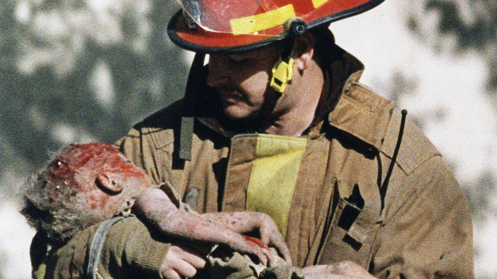 oklahoma-city-firefighter-chris-fields-today-170328-tease_7bb9305c4e7b6385e824b21ddde48f2e.jpg