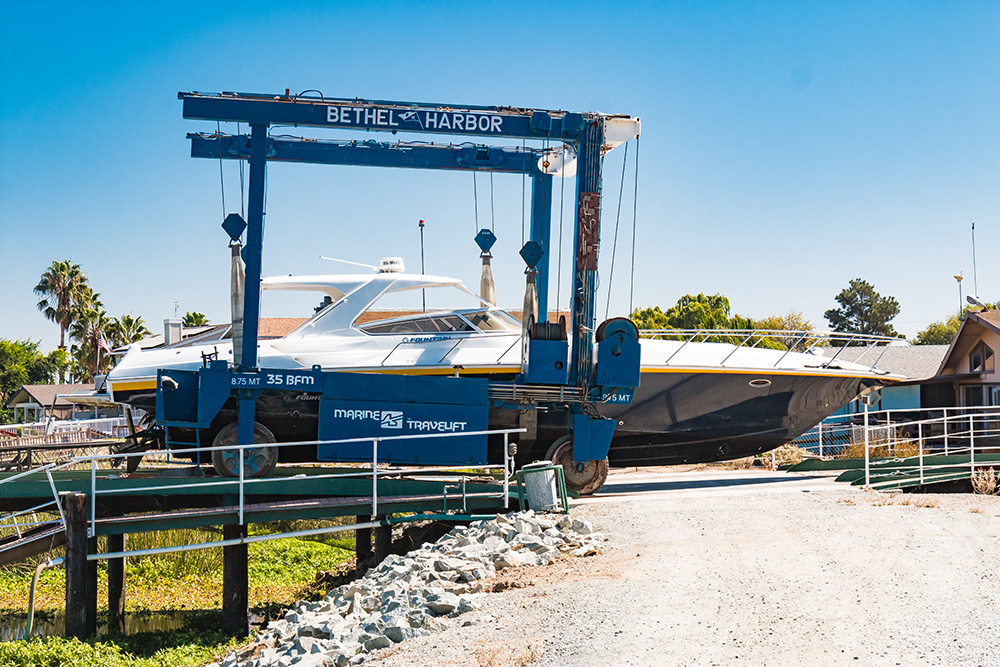 bethel-island-boat-yard-2.jpg