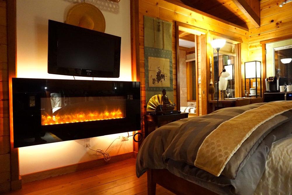 room w: fireplace
