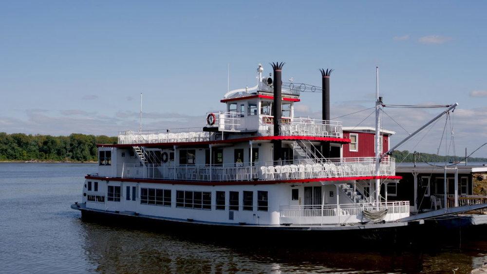 streamboat-1-1024x577.jpg