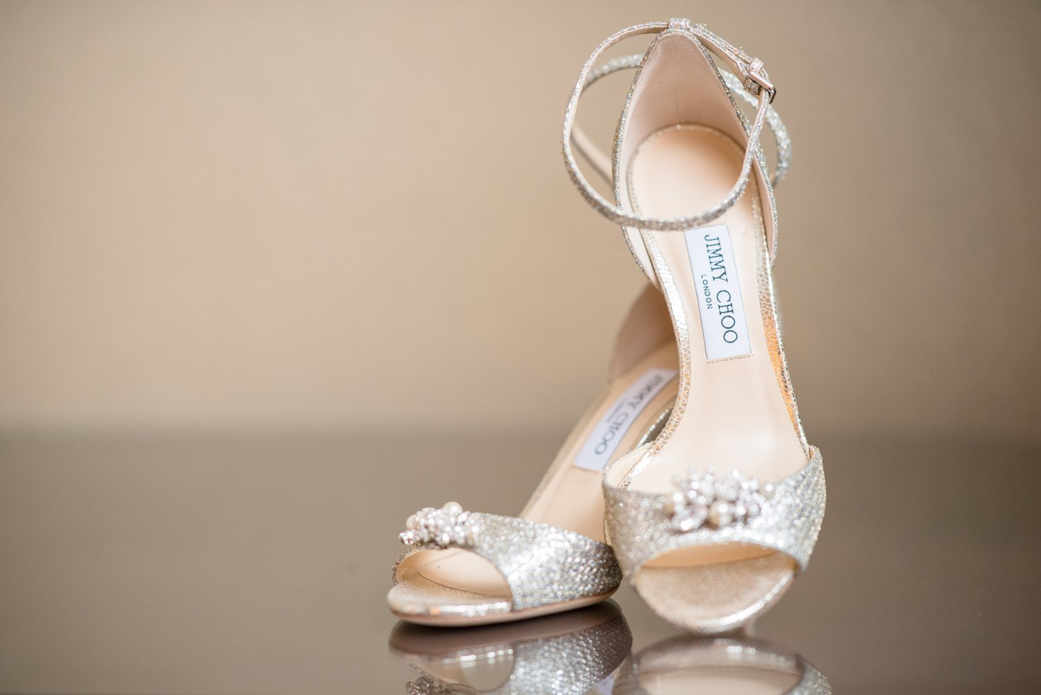 What Shoes To Wear With My Wedding Dress Je Vis Bridal,Wedding Dress Sample Sales Houston Tx