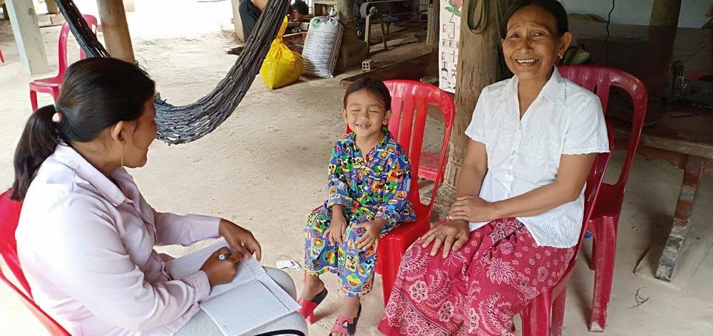 Preykrala Khankoeut Village Based Preschool Teacher Uk Kimseng. អ្នកគ្រូ អ៊ុក គឹមសេង គ្រូមតេ្តយ្យសិក្សាសហគមន៌ភូមិ ព្រៃក្រឡាខាងកើត។