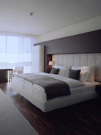 0674_Side_Hotel (7).jpg