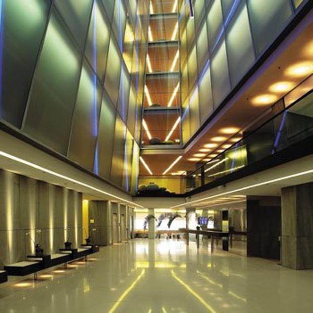 0674_Side_Hotel (8).jpg