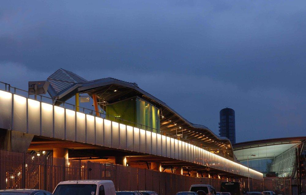 Stratford_Station (14).jpg