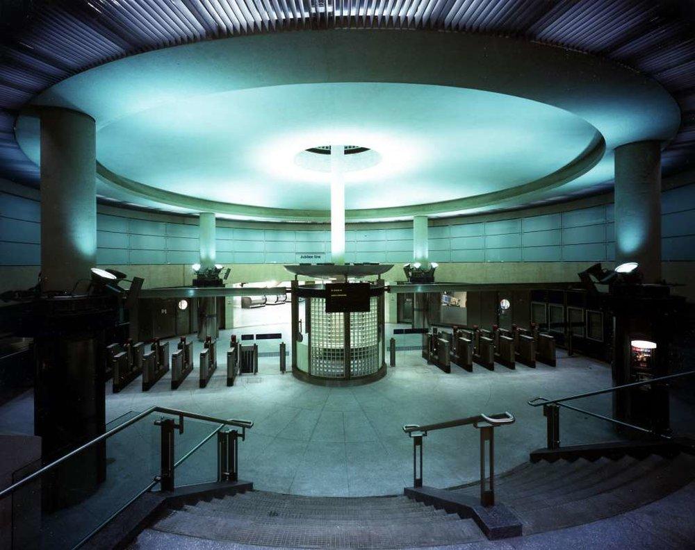 Southwark Tube Station.jpg