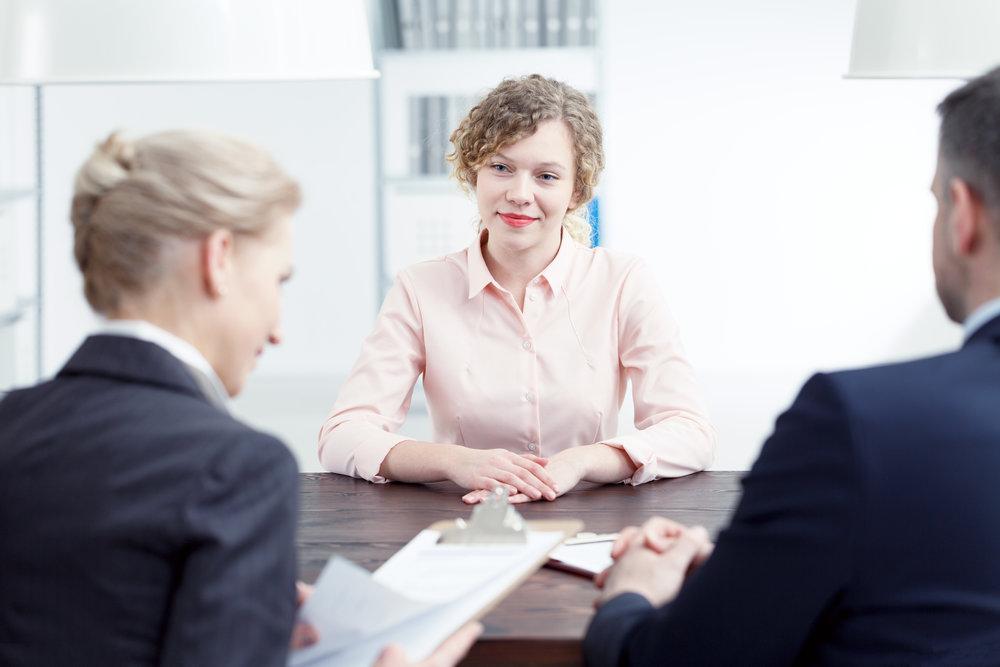 Hoe bereid ik me voor op een sollicitatiegesprek? - Je hebt gesolliciteerd op een leuke functie die bij je past en je bent uitgenodigd voor een eerste gesprek. Wat is dan de beste manier om je voor te bereiden?