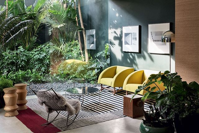 Tropical autumn mood created using black and white art in a colorful space. By @voguebrasil . . . . .  #interiordesign #homestyling #homestyle #interiordecor #interiorgoals #interiorstyling #interiors #interiordecor #art #abstractart #decor #instagood #artsy #instaart #gallery #creative #artoftheday #interiorlover #yellow #grey #color #brasil #tropical #hotels #besthotels #luxuryhotel #boutiquehotel #luxurytraveller #autumn #inspiration