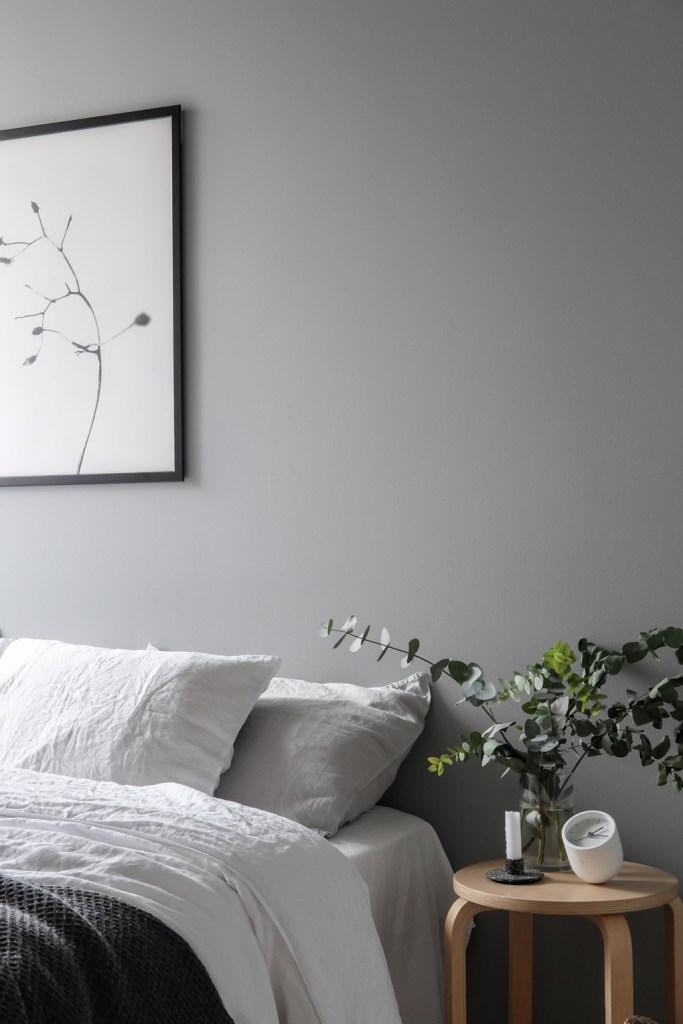 Bedside-table-linen-bedding-Scandinavian-style-grey-bedroom-wall-eucalyptus.-Styling-and-photography-Anu-Tammiste.jpg