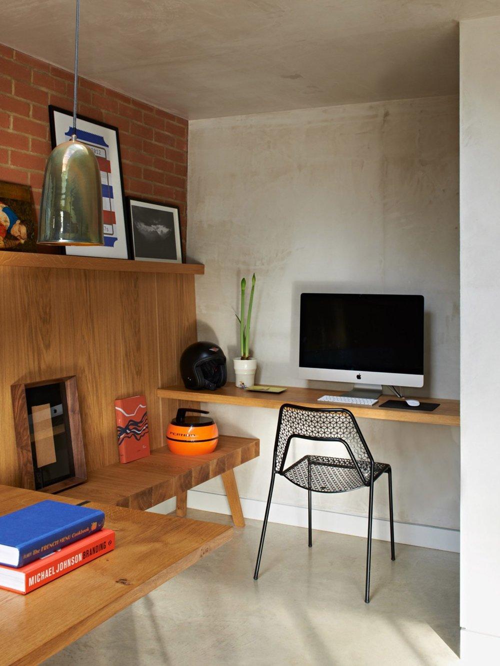 walm-lane-simon-mottram-house-interiors_dezeen_2364_col_3-1704x2272.jpg