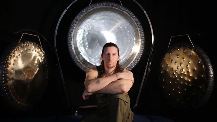 ladrhyn+gongs.jpg
