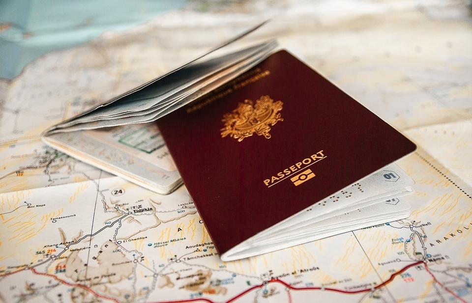 passport-3127934_960_720.jpg