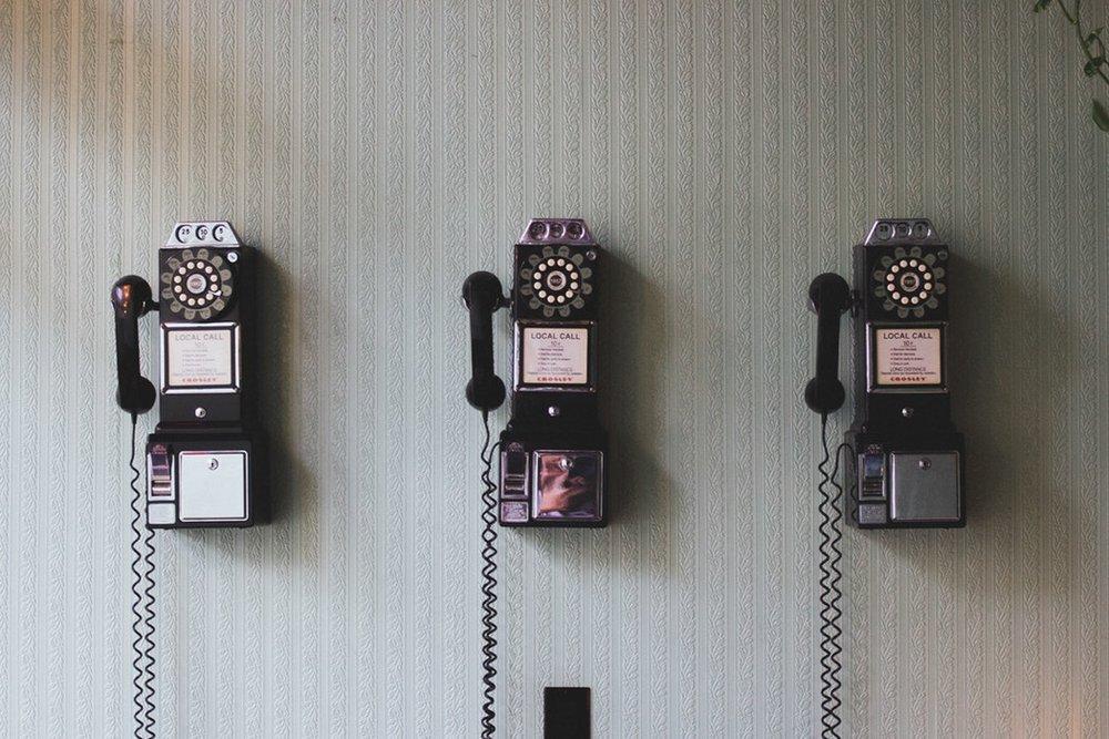 Call me - Difficile de vivre sans téléphone et Internet à l'étranger!