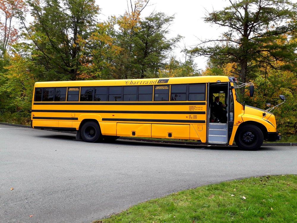 (Qui n'a jamais rêvé de monter dans un bus scolaire typique de l'Amérique du Nord ?