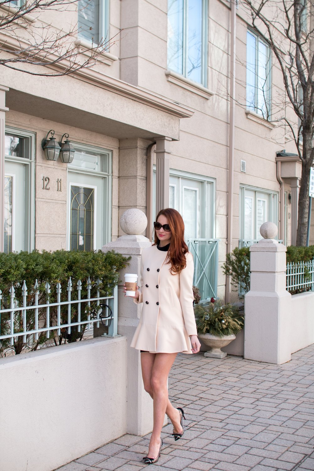 I AM WEARING:    Zara    Coat /    Christian Louboutin    Pumps /    Chloe    Sunglasses