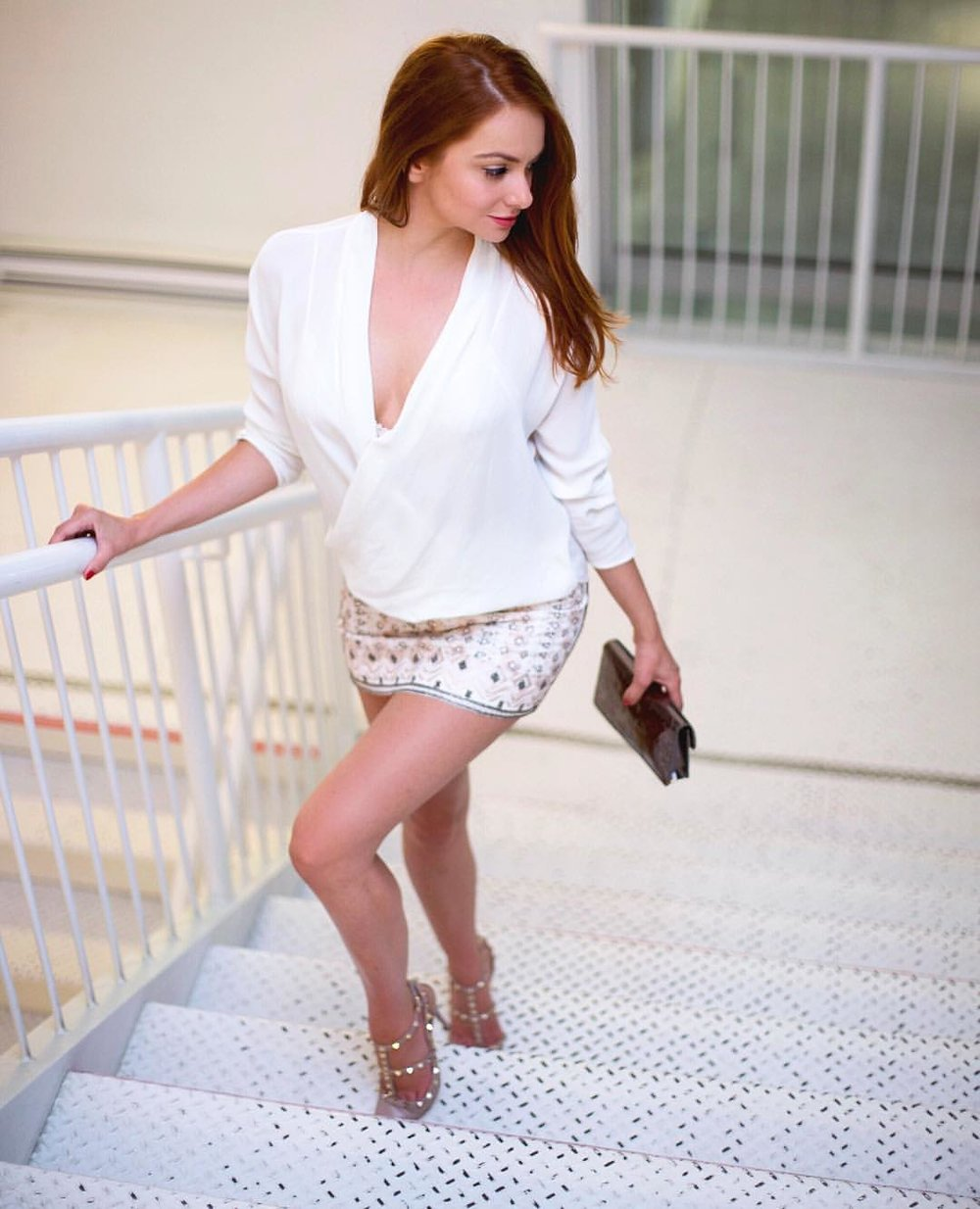 I AM WEARING:    Talula Babaton    Silk Blouse //    Club Monaco    Sequin Skirt //    Valentino    Rockstud Pums //    Marc Jacobs    Clutch