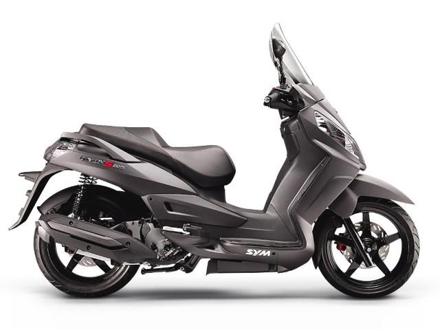 sym300cc (Small).jpg