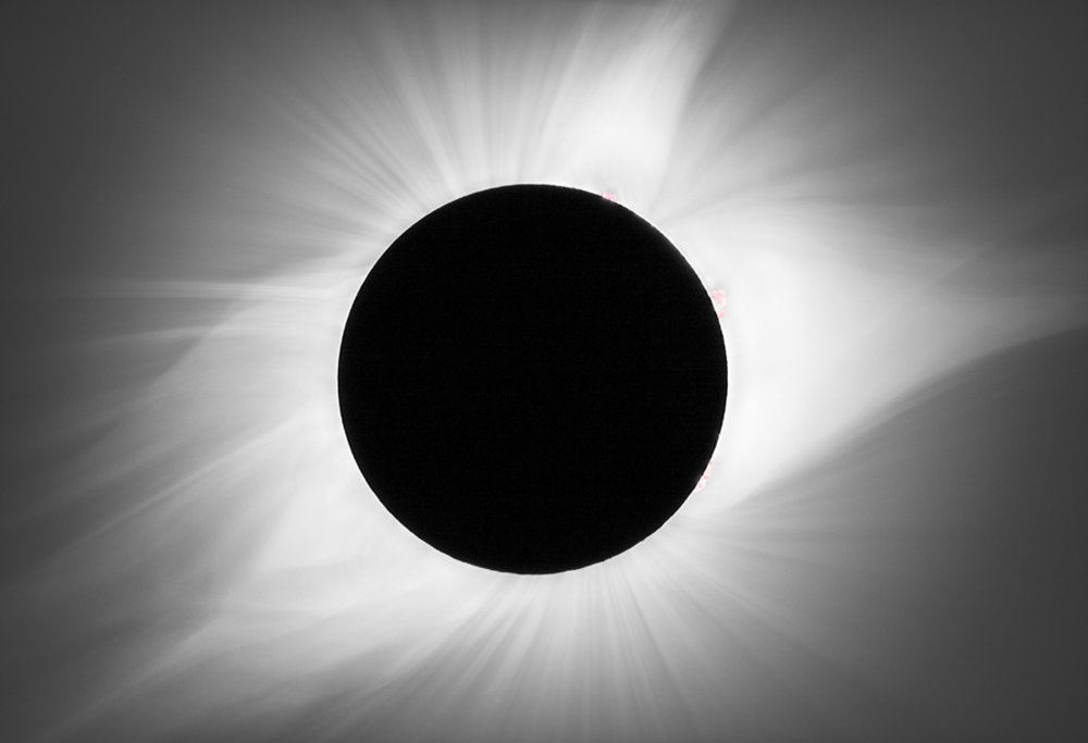 Intimate Details of the Solar Corona