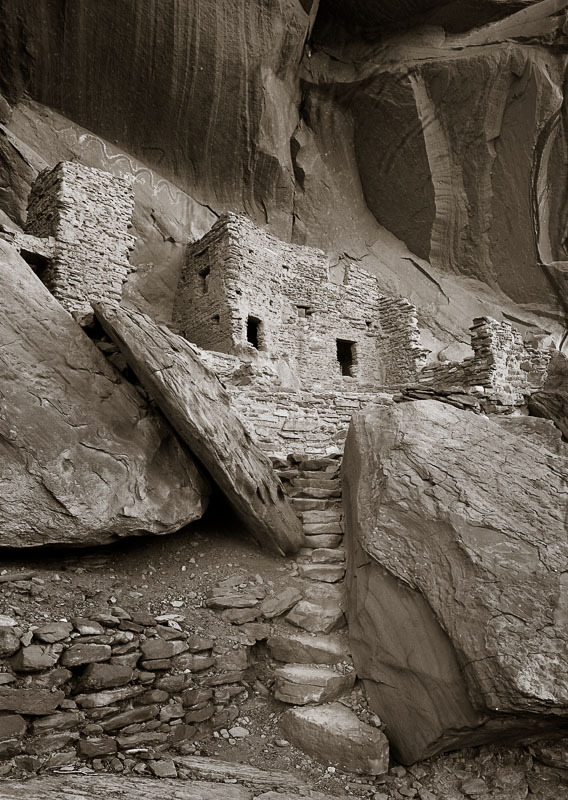 Riverhouse Ruin