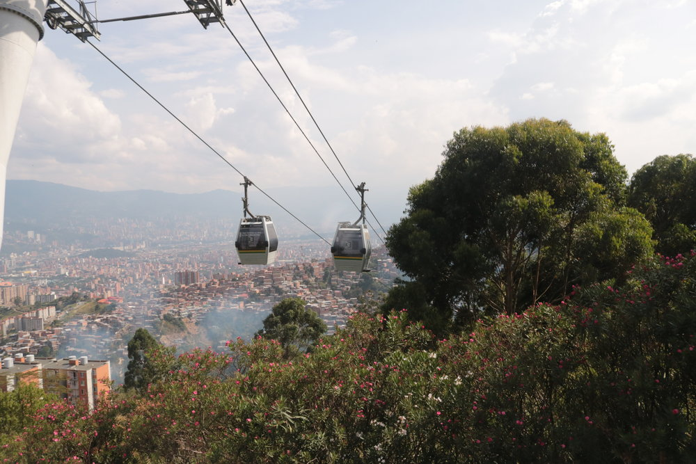 The transport that bought piece to Medellín.
