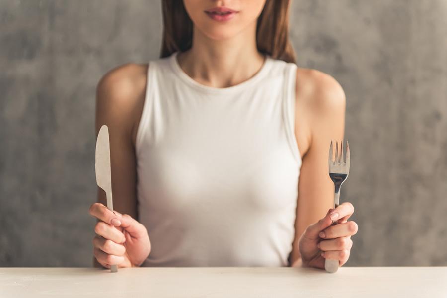 52-fast-diet-woman.jpg